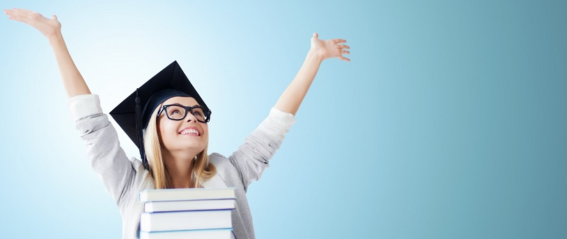 Люди с высшим образованием оформляют более крупные займы в МФО
